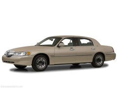 2001 Lincoln Town Car Cartier L Car