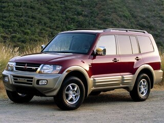 2001 Mitsubishi Montero 4WD XLS Auto SUV