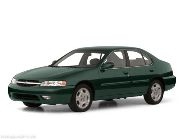 2001 Nissan Altima SE Sedan
