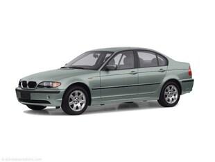 2002 BMW 325i Sedan