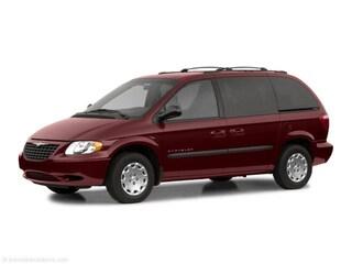 2002 Chrysler Voyager Base Van