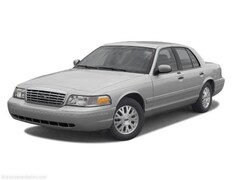 2002 Ford Crown Victoria Standard Full-Size Car
