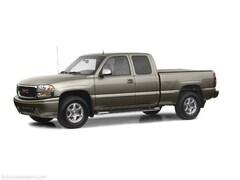 2002 GMC Sierra 1500 SL Pickup Truck