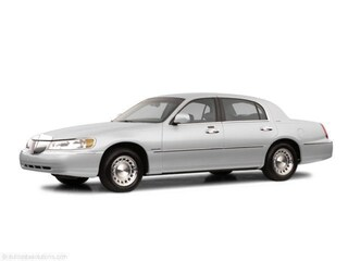 Used 2002 Lincoln Town Car for sale in Englewood CO