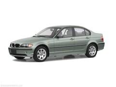 2003 BMW 3 Series 330xi Mid-Size Car