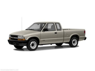 2003 Chevrolet S-10 EXT CAB Truck Extended Cab