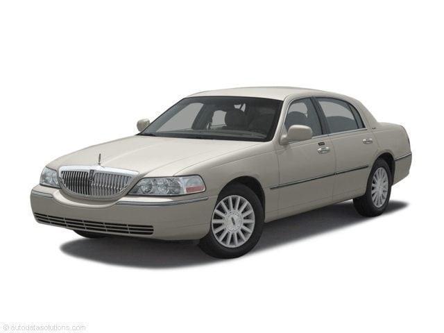 2003 Lincoln Town Car Cartier Sedan