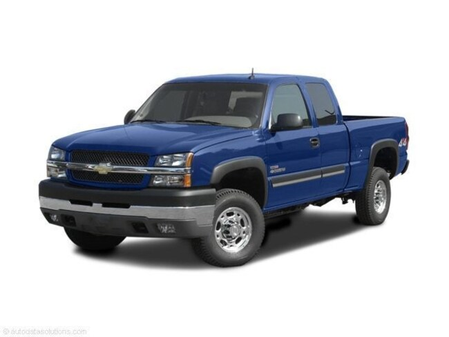 Used 2004 Chevrolet Silverado Cab; Extended for sale in Fairfield, IL