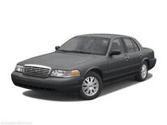 2004 Ford Crown Victoria Standard Sedan 2FAFP73W84X164107