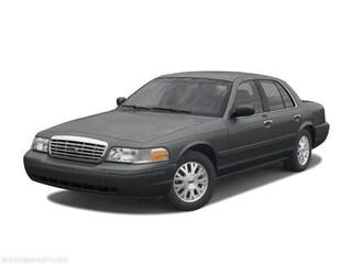 2004 Ford Crown Victoria Sedan