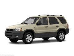 2004 Ford Escape XLS SUV