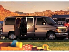2004 Ford E-350 Super Duty XLT Van