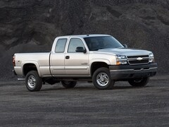 2005 Chevrolet Silverado 2500HD WT Extended Cab Long Bed Truck