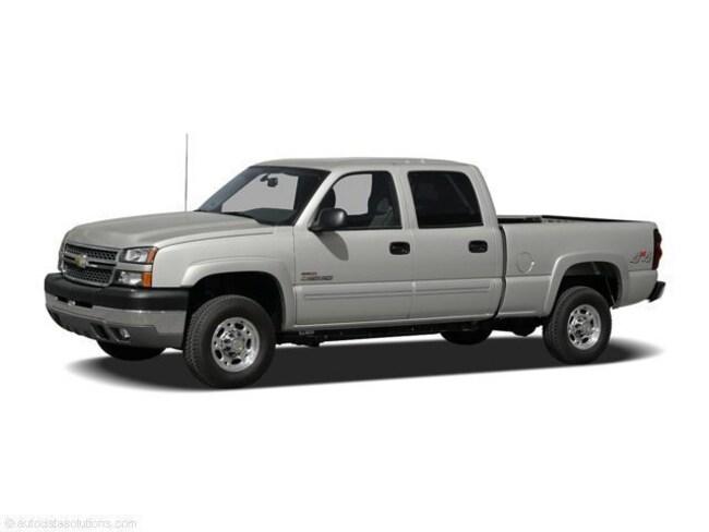 2005 Chevrolet Silverado 2500HD LS Pickup Truck
