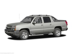 Used 2005 Chevrolet Avalanche 1500 Truck Crew Cab 3GNEK12Z15G121888 for sale in Parkersburg, WV