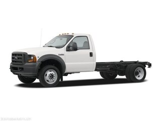 2005 Ford F-450SD Cab/Chassis