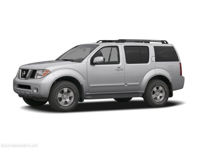 Used 2005 Nissan Pathfinder LE SUV in Maplewood, MN