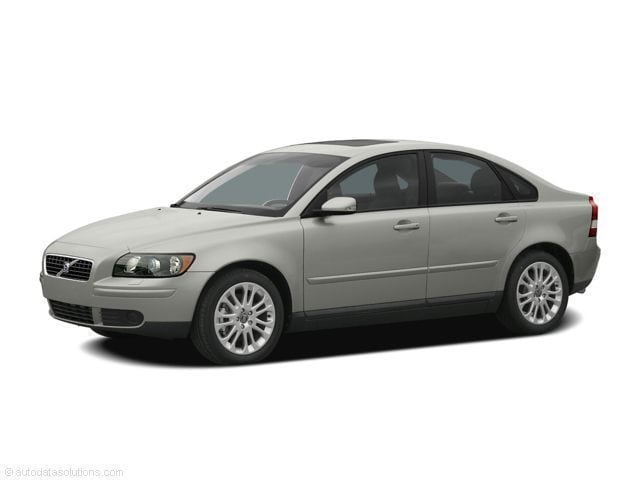 Featured used 2005 Volvo S40 2.4i Sedan for sale in Bloomington, IN