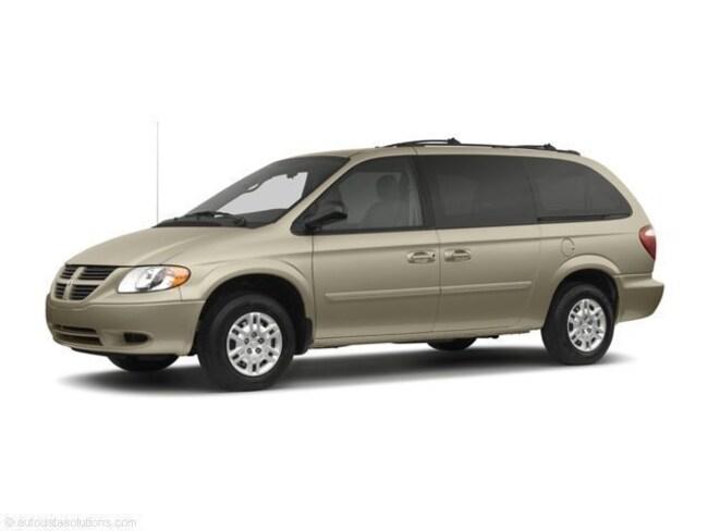 Used 2006 Dodge Grand Caravan SXT Van for sale in Erie, PA