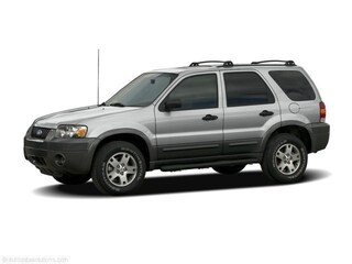 Used 2006 Ford Escape XLS SUV for sale in Waycross