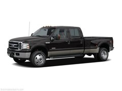 2006 Ford F350 Super Duty Crew Cab Studded Heads Lariat Pickup 4D 8 ft Truck