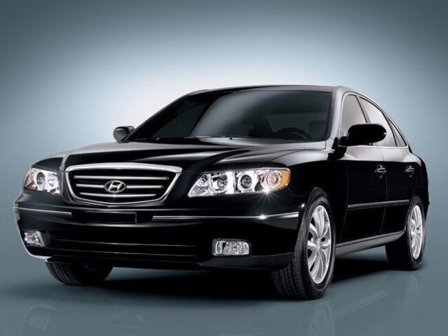 Used 2006 Hyundai Azera Limited Sedan for sale in Cincinnati OH