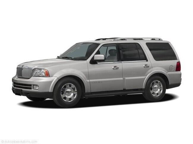 2006 Lincoln Navigator Luxury SUV
