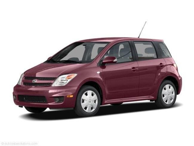2006 Scion xA Base Hatchback