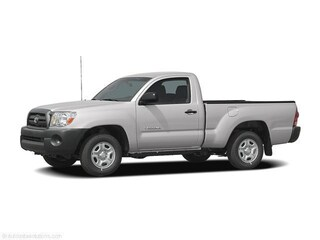 Used 2006 Toyota Tacoma Base Truck Regular Cab in Cadillac, MI