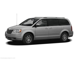 Used 2008 Chrysler Town & Country Touring Van Front-wheel Drive Automatic For sale in Champaign, near Clinton IL