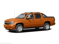 Used 2008 Chevrolet Avalanche 1500 Truck Crew Cab 18J961C for Sale in Amherst NY