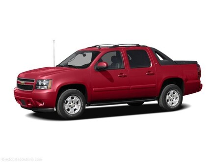 2010 Chevrolet Avalanche 1500 LS Crew Cab Truck