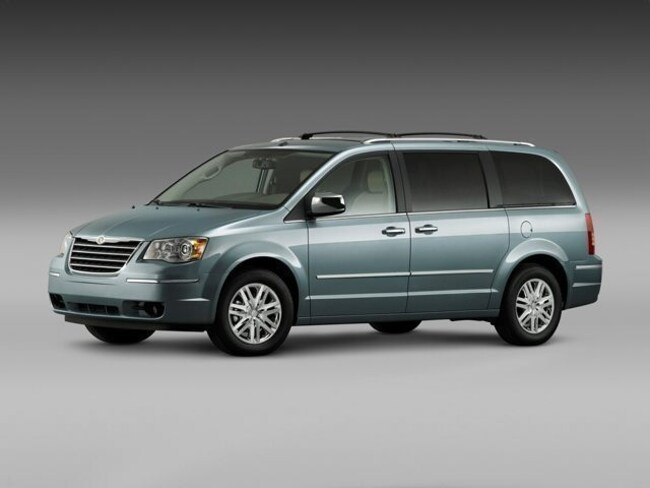 2010 Chrysler Town & Country Van