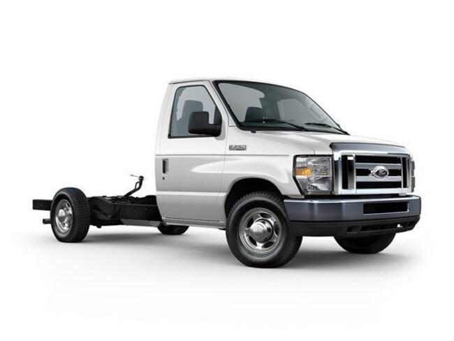 2011 Ford E-350 Cutaway Base Truck 38151O