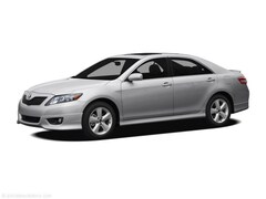 2011 Toyota Camry XLE Navigation, Leather, Sunroof & Push Button Sta Sedan