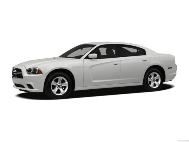 Used 2012 Dodge Charger SE Sedan near Greensboro