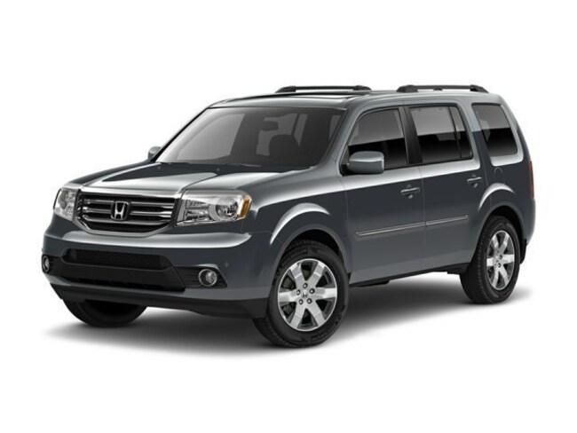 2012 Honda Pilot Touring w/RES/Navi 4WD SUV
