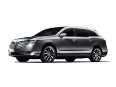 2012 Lincoln MKT SUV