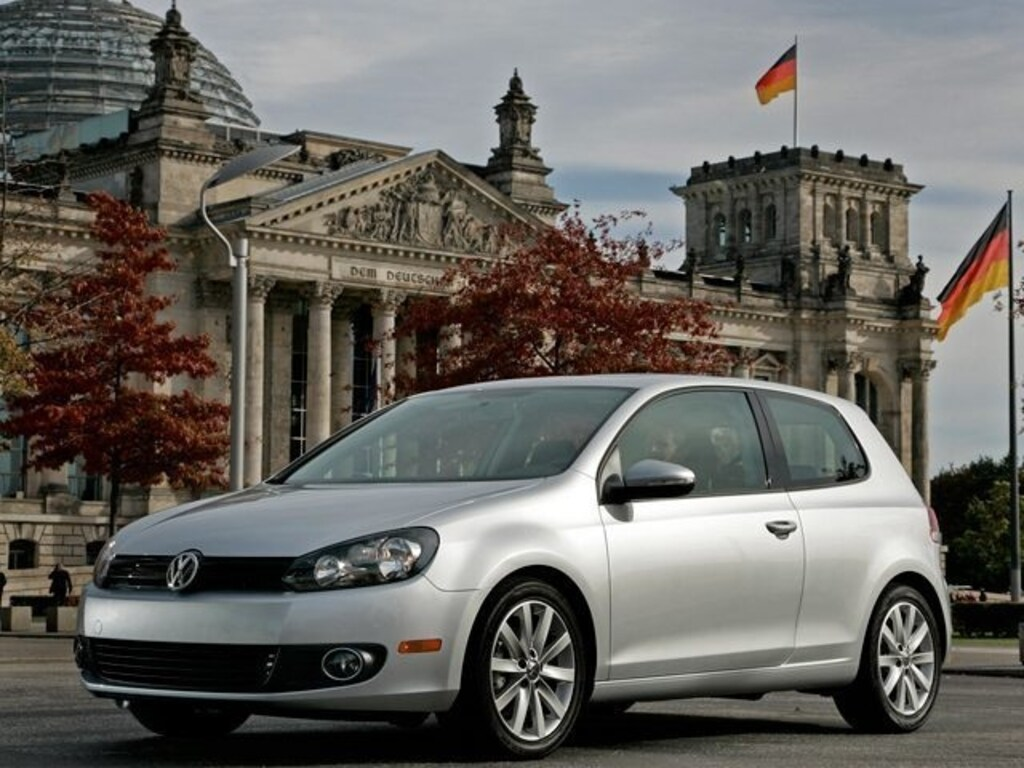 2012 Volkswagen Golf TDI 2-door (M6) Hatchback