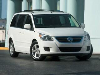 2012 Volkswagen Routan SE Mini-Van