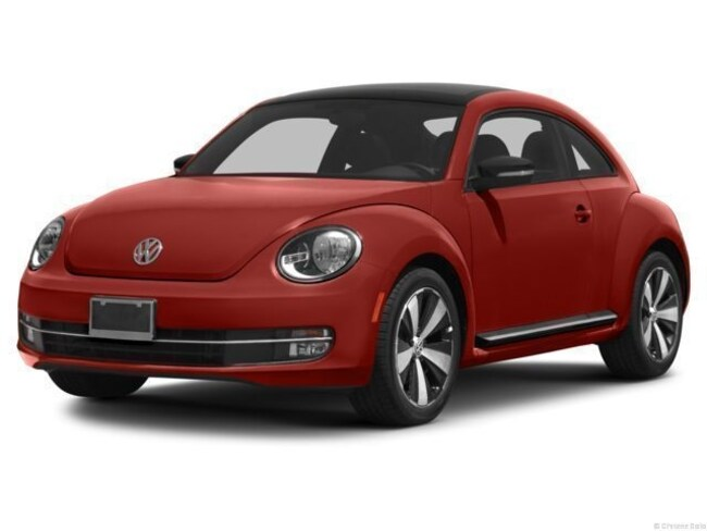 2013 Volkswagen Beetle 2.0T Fender Edition Hatchback