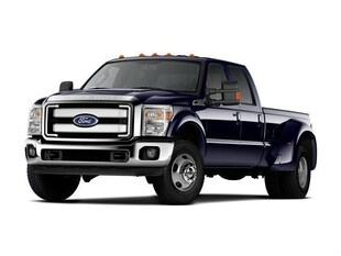 2015 Ford F-450 King Ranch DRW Crew Cab Long Bed Truck