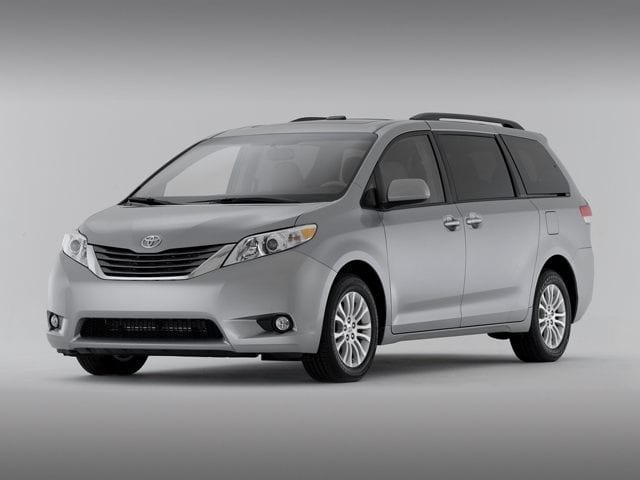 Used 2015 Toyota Sienna 7 Pass XLE AWD Van For Sale In Skokie, IL