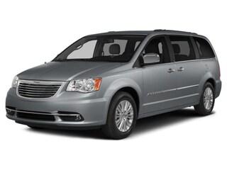 2016 Chrysler Town & Country LX Van LWB Passenger Van