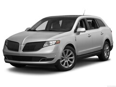 2016 Lincoln MKT Livery SUV