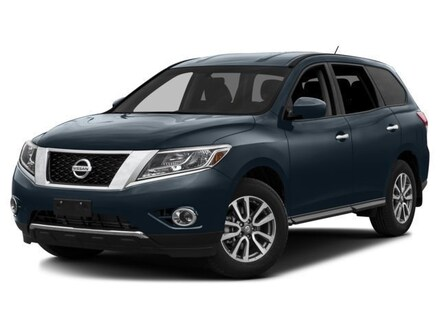 Featured Used 2016 Nissan Pathfinder 5N1AR2MM5GC621838 for Sale near Kelso, WA