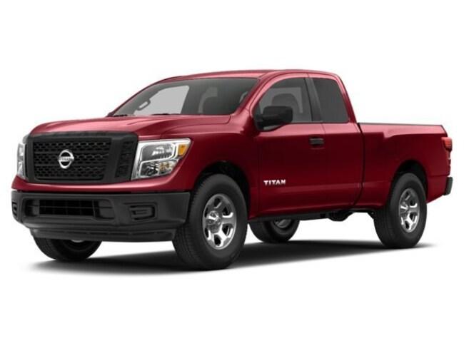 2017 Nissan Titan Truck King Cab