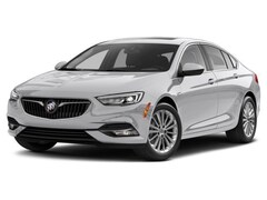2018 Buick Regal Sportback Essence Sedan