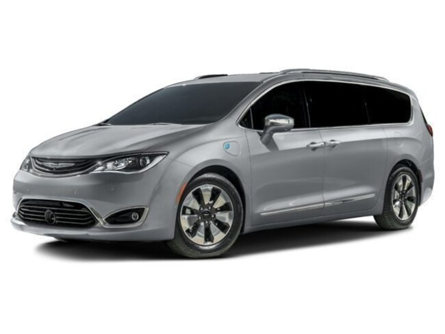 New 2018 Chrysler Pacifica Hybrid LIMITED Passenger Van in Harlingen