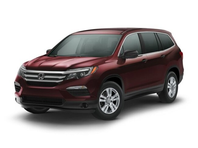 New 2018 Honda Pilot Touring FWD SUV in Bakersfield